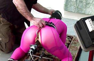 Rubber Bondage, Cage, Female Mask Rubber Sex Part One (2016)) video pornografico gratis